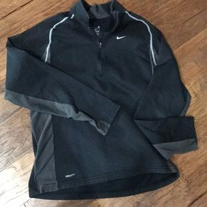 Nike dri fit 1/4 zip Med sweatshirt